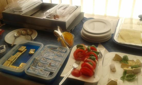Hotel Columbia: Breakfast buffet