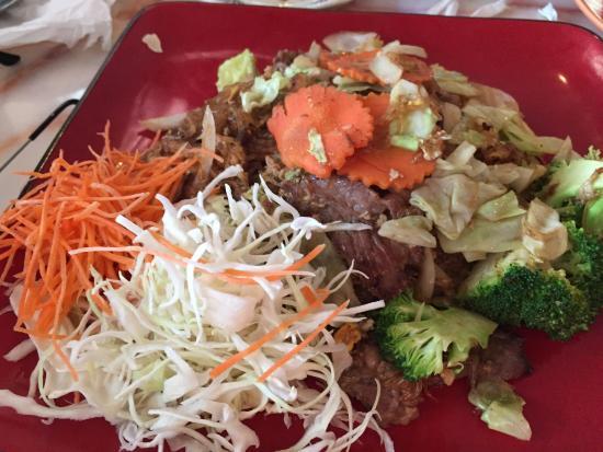 Sarocha's Thai Restaurant : photo3.jpg