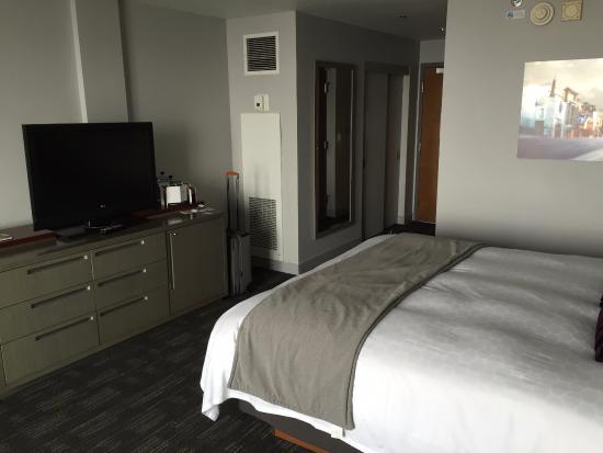 standard room picture of loews hollywood hotel los angeles rh tripadvisor com