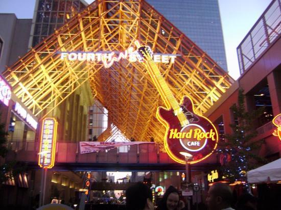 Hard Rock Cafe Th Street Louisville Ky