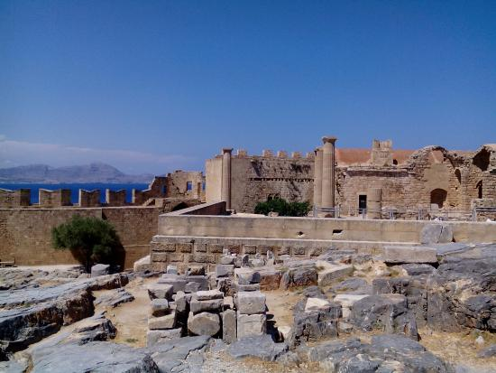 Acropolis of Lindos - Picture of Acropolis of Lindos ...