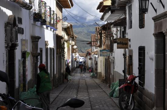 Second Home Cusco: Road to B&B