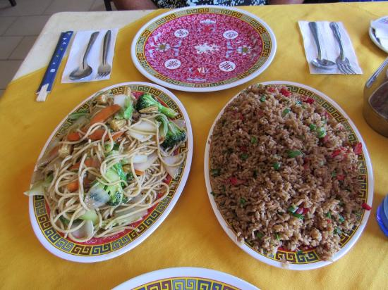 Restaurante Nuevo Pekin: Nuevo Pekin Chow Mien and Fried Rice