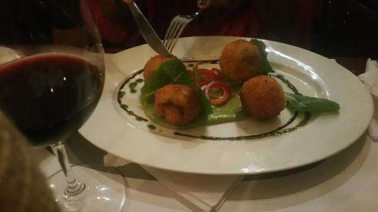 La Carreta Restaurant & Wine: La Carreta Restaurant & Steakhouse