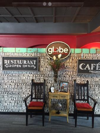 Globe Cafe & Tapas Bar Foto
