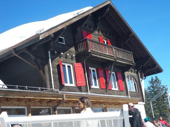 Le villars palace sous la neige fotograf a de club med villars sur ollon vi - Restaurant d altitude chamrousse ...