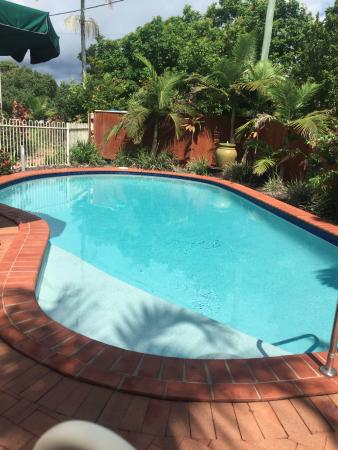 Noosa Sun Motel & Holiday Apartments: Heated swimming pool
