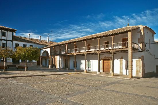Villanueva de la Jara, Espanha: Posada Massó. Oficina de Turismo