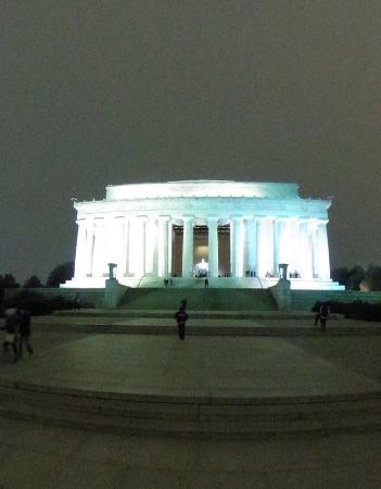 night tour lincoln memorial outside picture of city sightseeing rh tripadvisor com