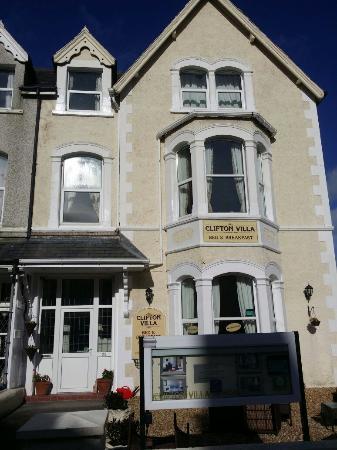 Clifton Villa Guest House