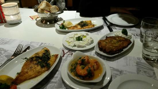 Yamas meze restaurant & weinbar: 20160221_195215_large.jpg