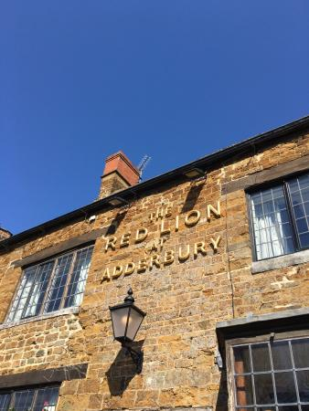 Adderbury, UK: Red Lion Hotel
