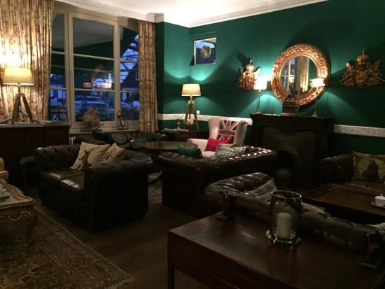 Hotel Ashley's Garden: Nette Lounge