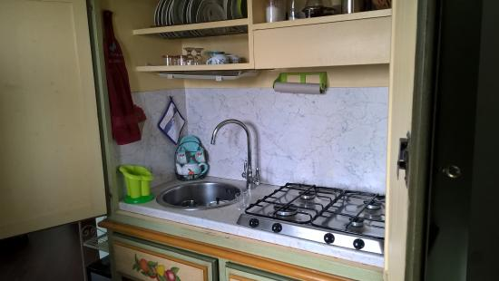 Il cucinotto - Foto di La Terrazza del Subasio, Assisi - TripAdvisor