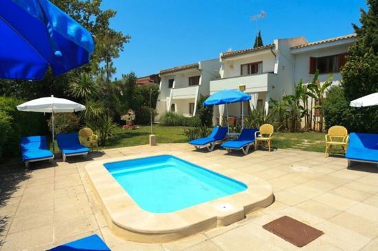 Leo Apartments Updated 2018 Apartment Reviews Price Comparison Majorca Port De Pollenca Tripadvisor