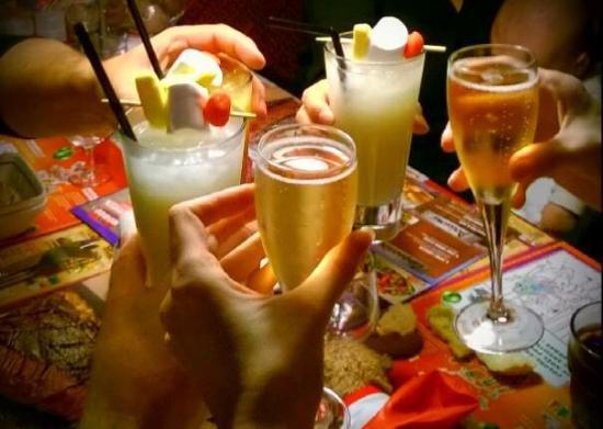 Ap ro entre amis pour le nouvel an cocktails tr s sympa for Menu nouvel an entre amis