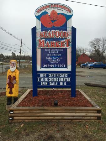 Ellsworth, ME: Dorr Lobster Seafood Market