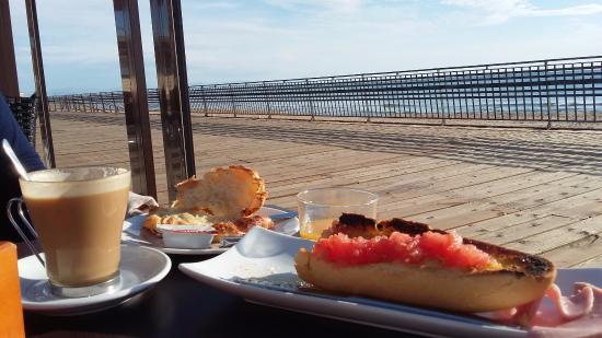 Hostal Alba: Desayuno