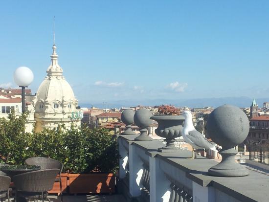 La Terrazza Picture Of Hotel Savoy Roma Rome Tripadvisor