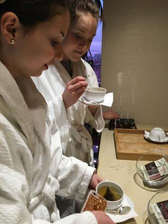 The Spa at Trump Chicago: Tea in the Quiet Relaxing Waiting Area