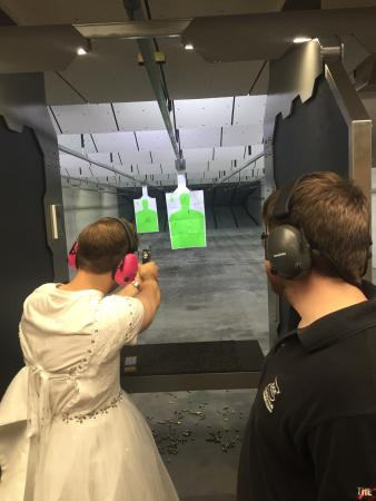 ‪Jefferson Indoor Range‬