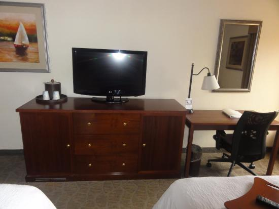 Hampton Inn Closest to Universal Orlando : Voldoende tv zenders, inclusief HBO