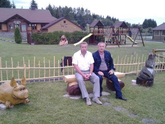 Semkovo, Belarus: А это их мужья