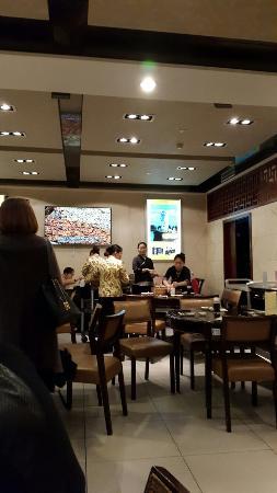 Interior - Nanxiang Mantou Dian (YuYuan) Photo