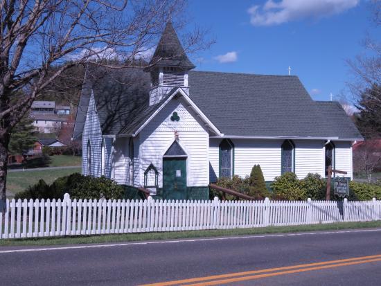 Saint Mary's Episcopal Church: photo1.jpg