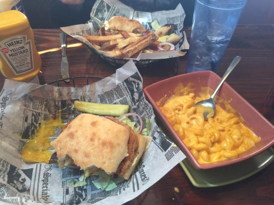 Coshocton, OH: Cattleman Burger w Mac and Cheese