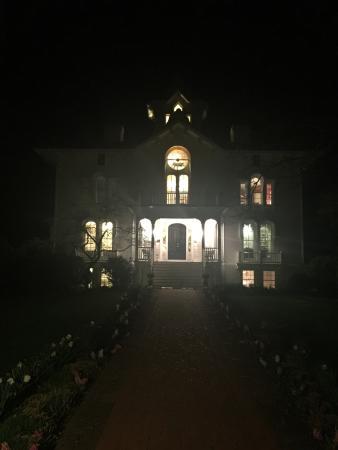 Mayhurst Inn: photo0.jpg