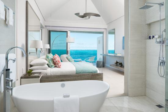 Grace Bay Club: Dunes, Master Bedroom