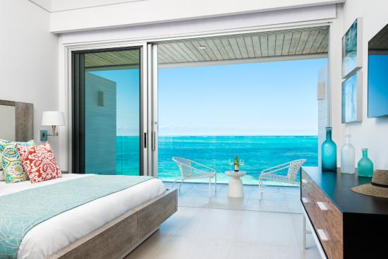 Grace Bay Club: Dunes Bedroom, Private Beachfront Villa