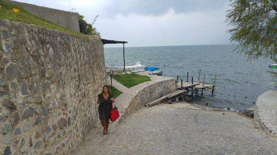 Laguna Lodge Eco-Resort & Nature Reserve: 20160331_130315_large.jpg