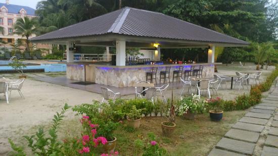 Bella Vista Waterfront Resort Spa Review