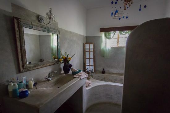 Bad Direkt separates bad direkt neben dem zimmer über flur zu erreichen