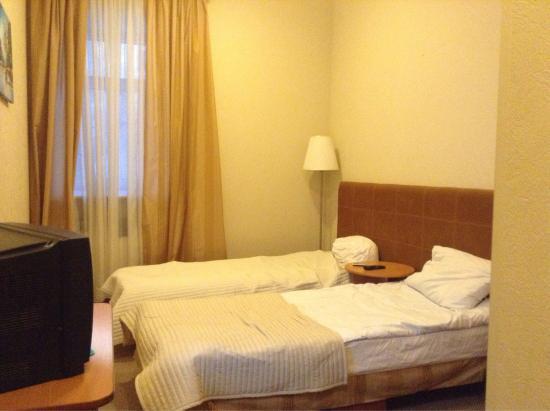 Aolla Hotel