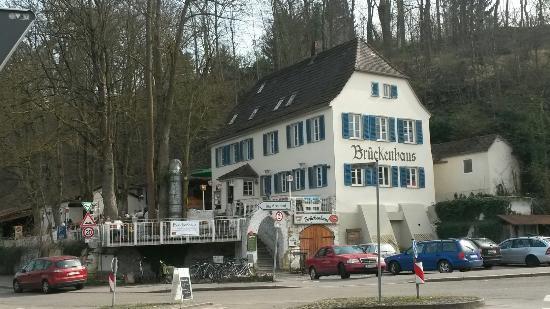 Bruckenhaus