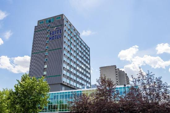 Campus Tower Suite Hotel: Exterior view