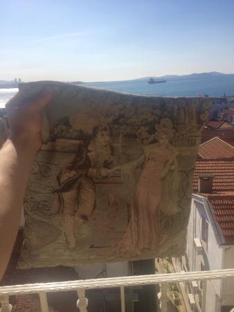 Romantic Hotel Istanbul: Hoşgeldiiin baharr, nisan (Birlikte karşıladııık)  💑🙌👐🍷🍓🍌😴🌞🚢