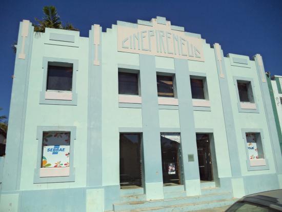 Cine Teatro Pireneus