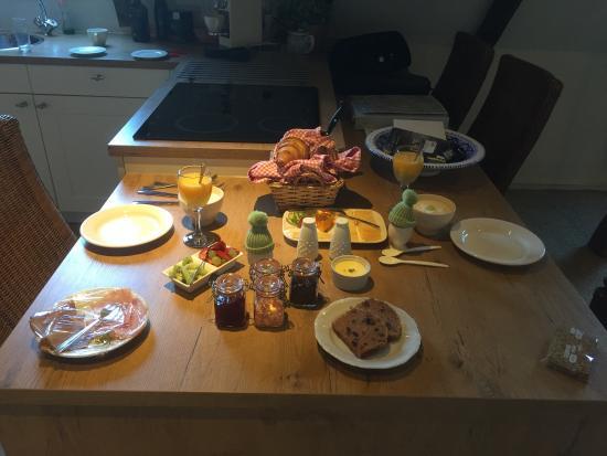 Norg, Nederländerna: Ontvangst erg gastvrij, eigenaars staan steeds voor je klaar, zijn behulpzaam met het tips. Ontb