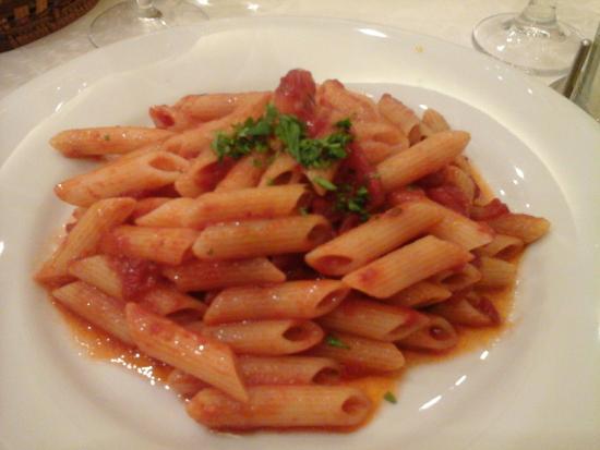 Trattoria Pizzeria Santa Lucia: Piatti eccellenti