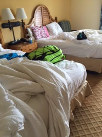 beds not made up at 5 30 pm picture of hampton inn suites rh tripadvisor co za