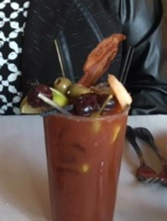 Il Mito: Make your own Bloody Mary