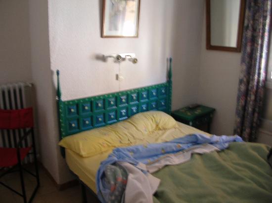 Hotel Niza : dormitorio