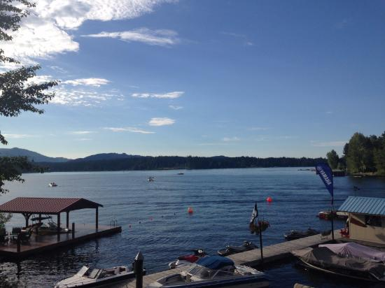 Shawnigan Lake, Canadá: Beautiful view from the table