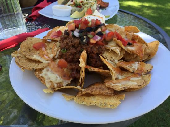 Tokanui, New Zealand: Nachos - Niagra Falls Cafe, The Catlins