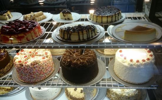 Gondolier Cakes