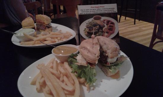 caf746a40cce Burger de Costela - Foto de Five Bar & Food, Florianópolis - TripAdvisor